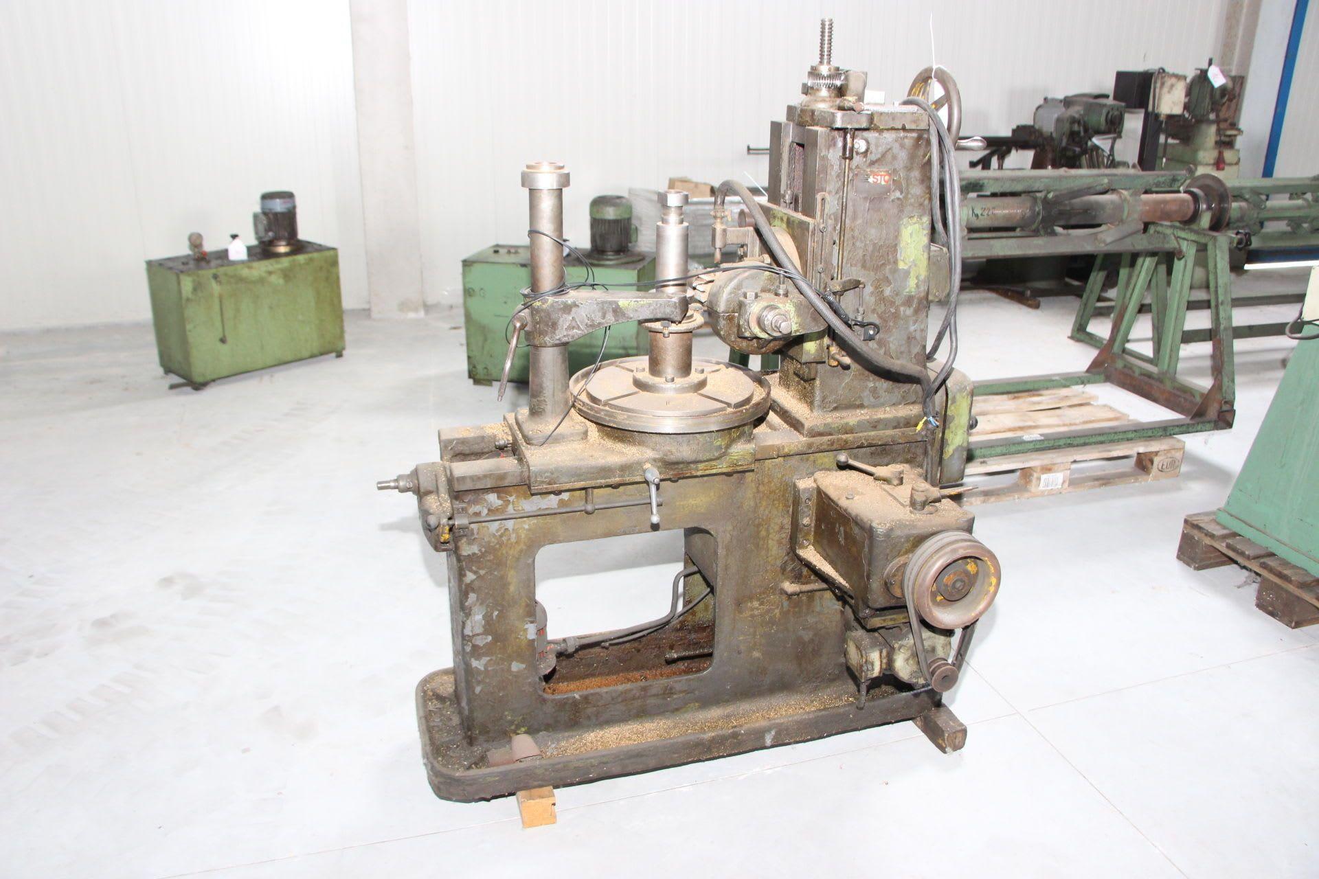 Wälzfräsmaschine
