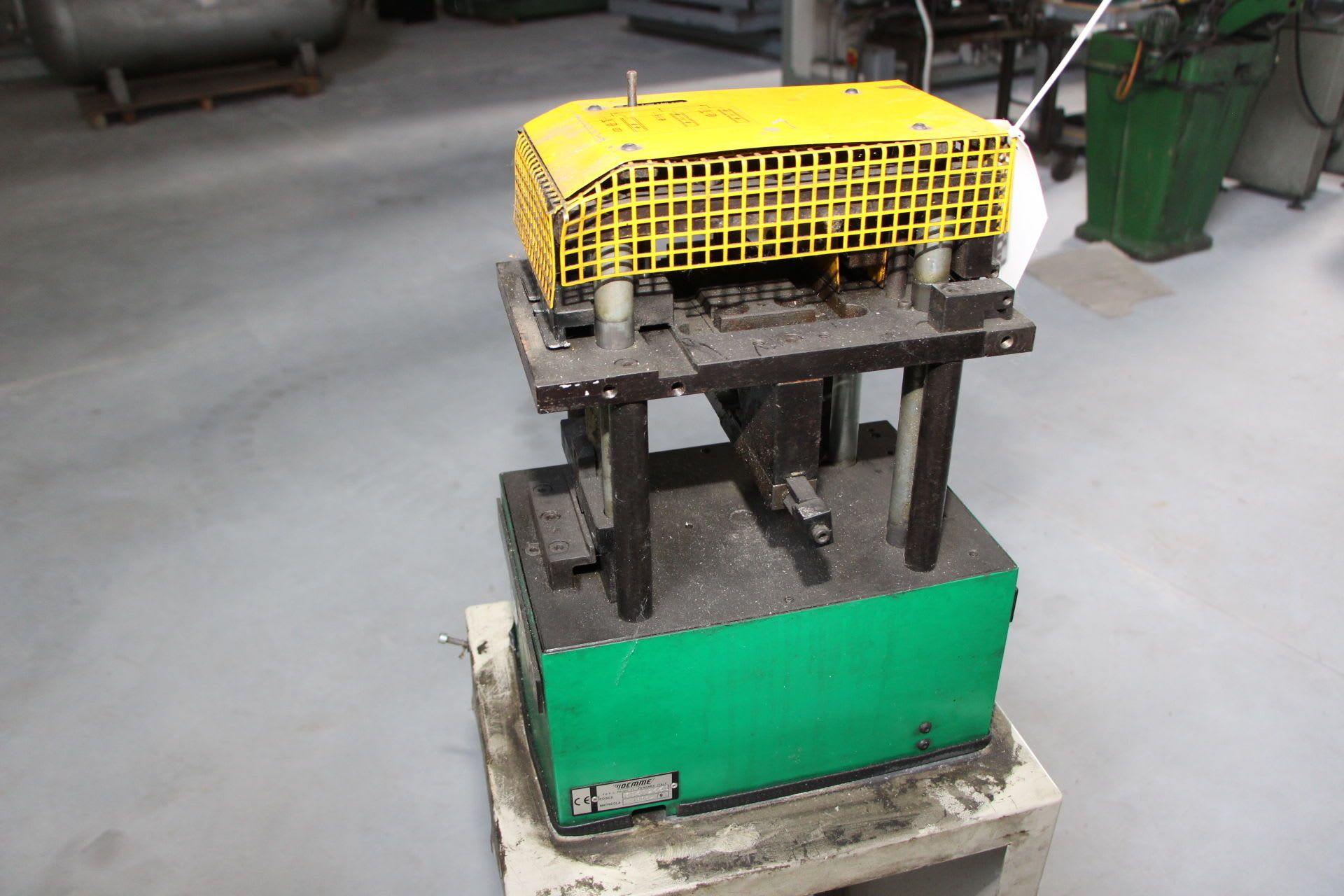 OM 30502550 Presse