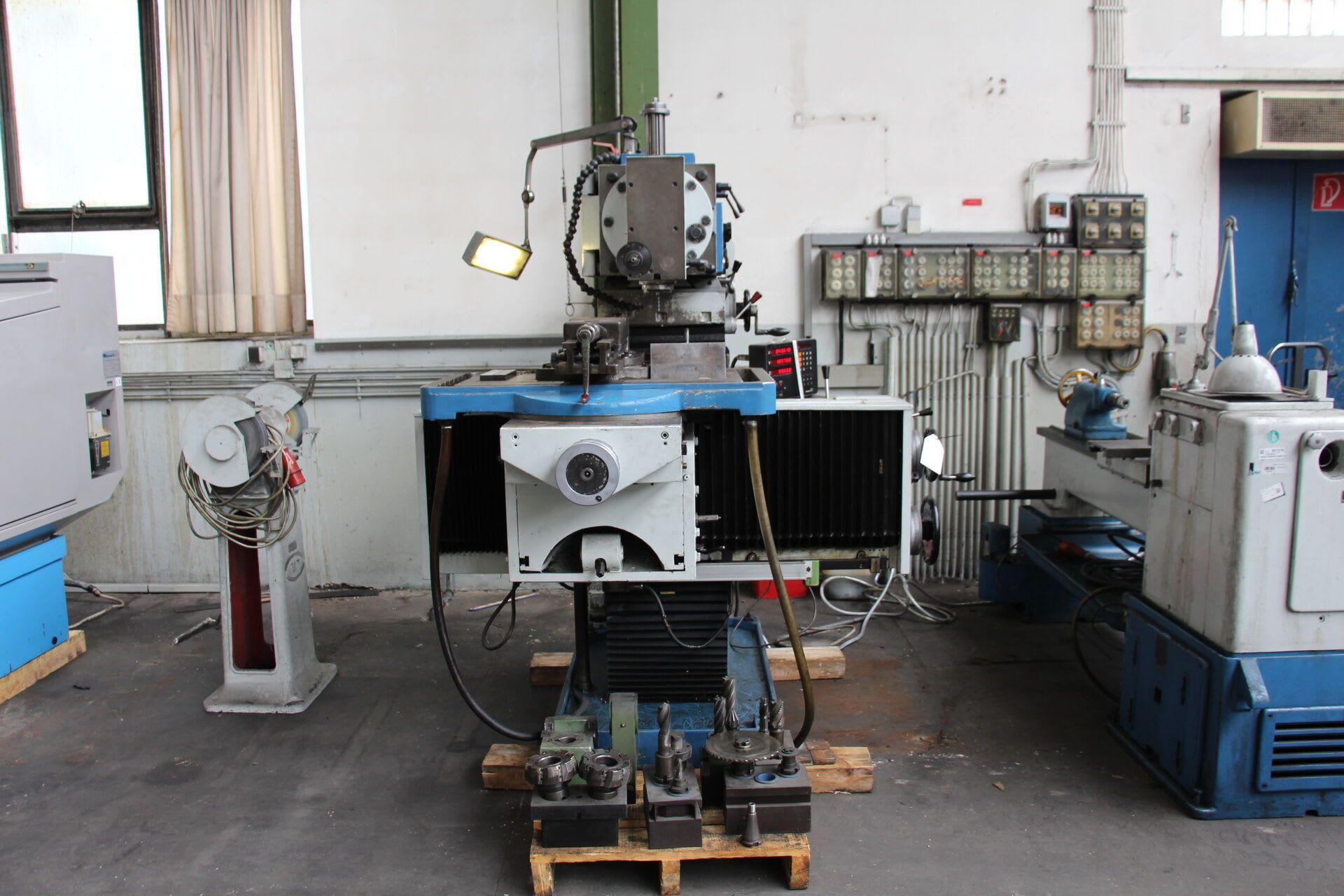 MAHO MH 800 Evrenselfräsmaschine