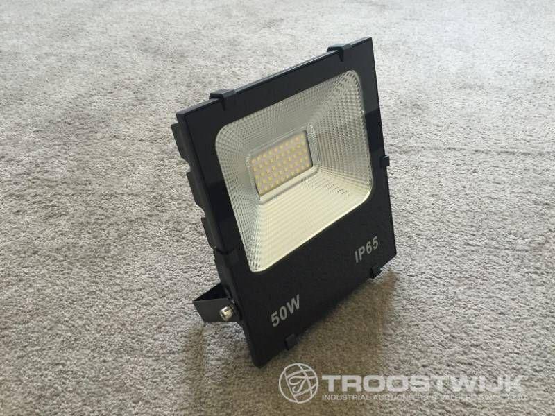 50W PHILIPS CHIPS LED-Scheinwerfer; Tageslicht; 5000 lm