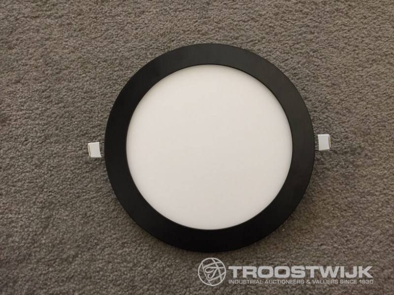 18W matt schwarz 3 in 1 CTT-Switch mit schlanken LED-Panels