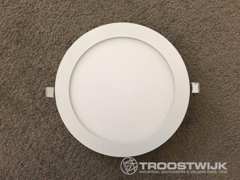 18W mattweiß 3 in 1 CTT-Switch mit schlanken LED-Panels