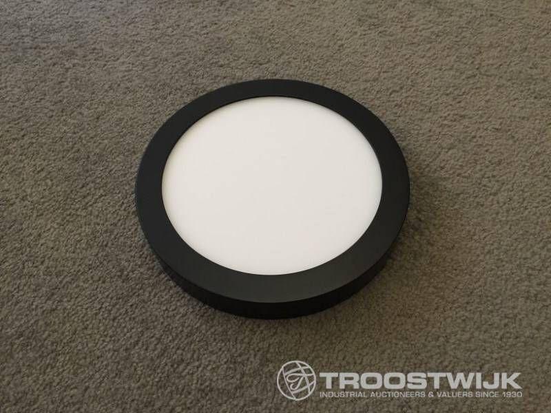 18W mattschwarze runde 3-in-1-CCT-Switch-LED-Panels mit Aufputzmontage
