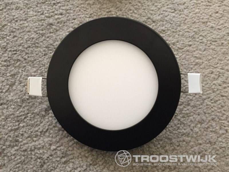 6W mattschwarzes 3 in 1 CTT-Switch mit schlanken LED-Panels