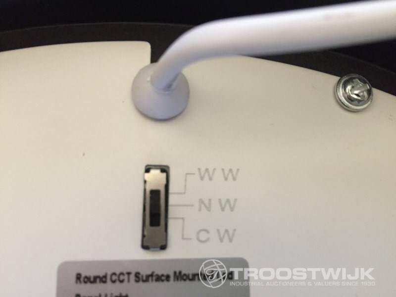 24W mattschwarze runde 3-in-1-CCT-Switch-LED-Panels für die Montage