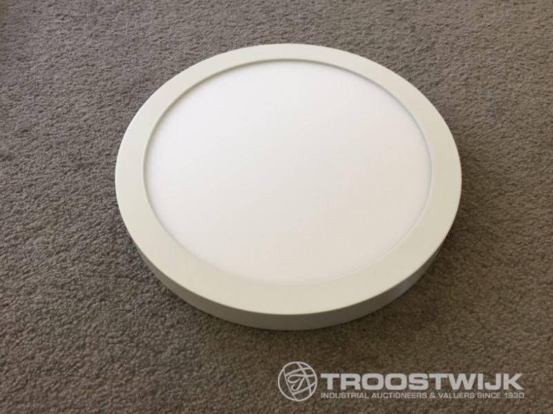 24W mattweiße runde 3-in-1-CCT-Switch-LED-Panels für die Montage