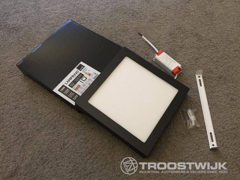 18W mattschwarzes Quadrat 3-in-1-CCT-Schalter für LED-Anbauelemente