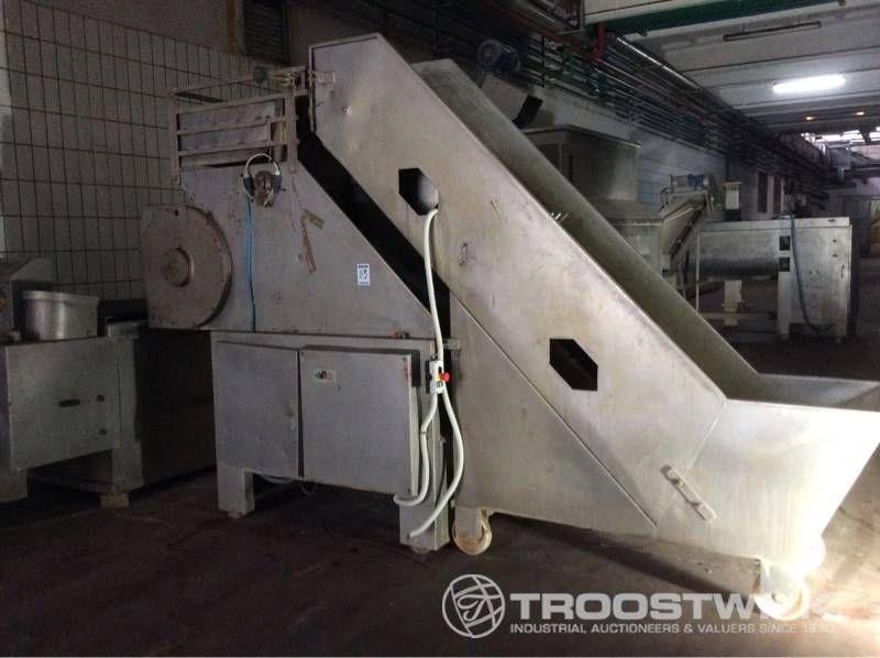 Schruppmaschine aus Edelstahl