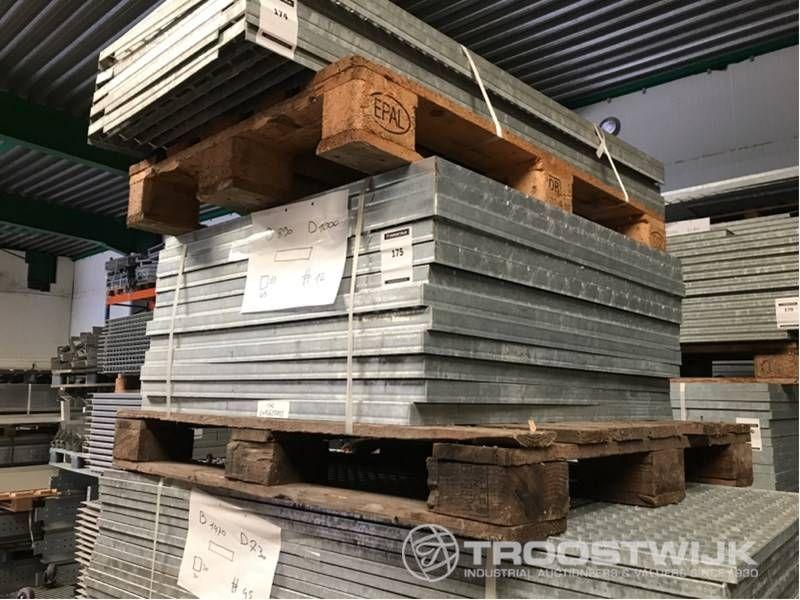 Stahlgitterbodenelemente