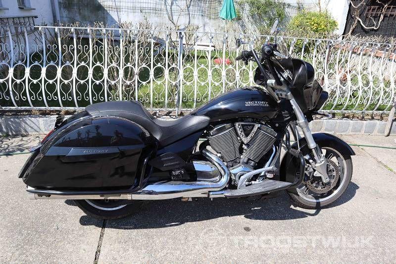 Motorrad (L3E) Siegeskreuzung