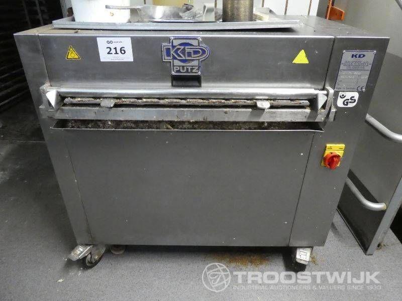 Backblech-Reinigungsmaschine