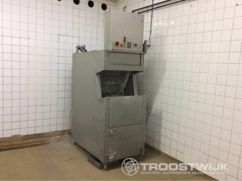 Kistenwaschmaschine