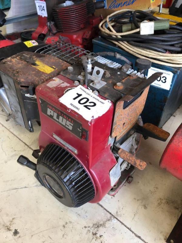 Industrial Plus Briggs & Stratton Benzinmotor