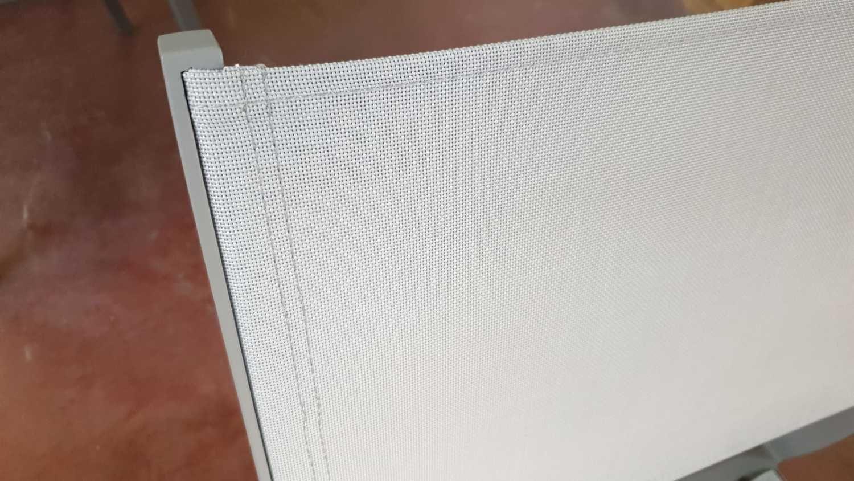2 Stapelstühle hellgrau + Textilene hellgrau