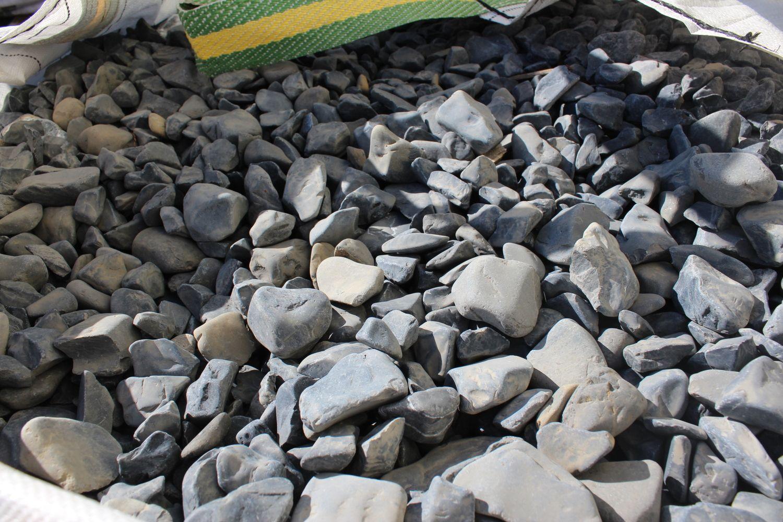 1,5 Tonnen Basaltkies 25/40 - in einem 500 kg (0,33 m³) großen Beutel