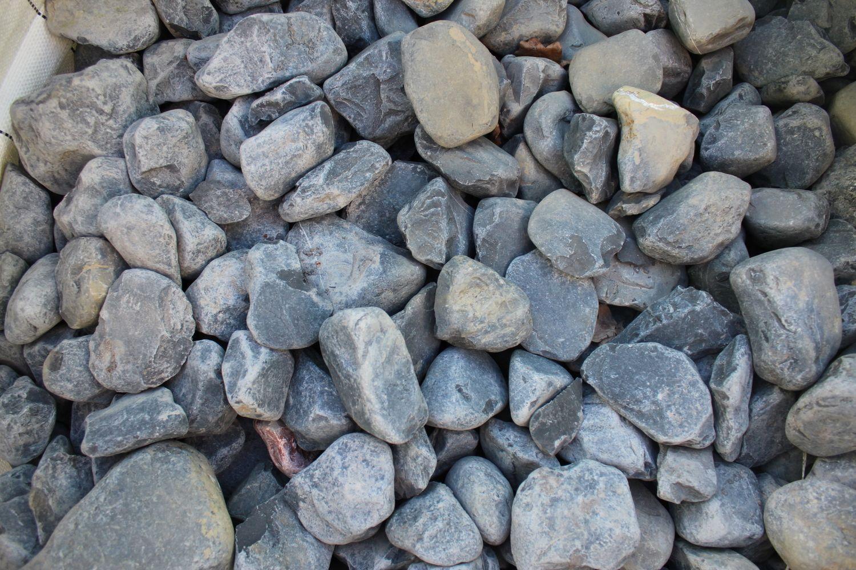 0,5 Tonnen Basaltblock 60/100 - in einem 500 kg (0,33 m³) großen Beutel