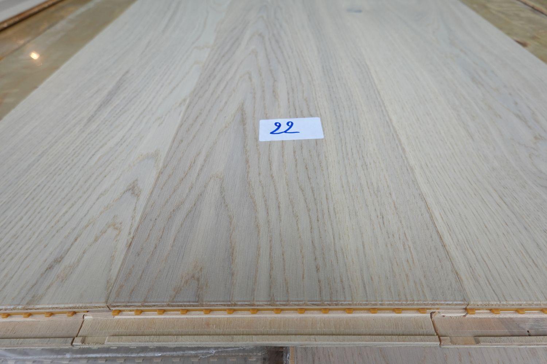 123,2 m² Eichenparkett