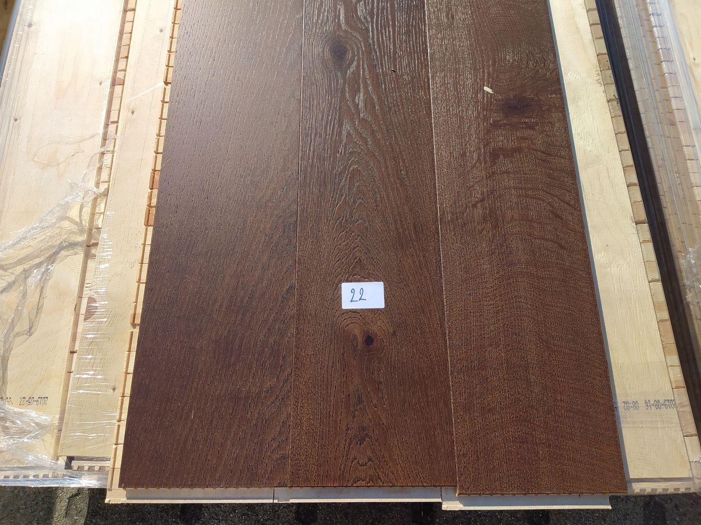 37m2 mehrschichtiger Parkettboden aus Eichenholz