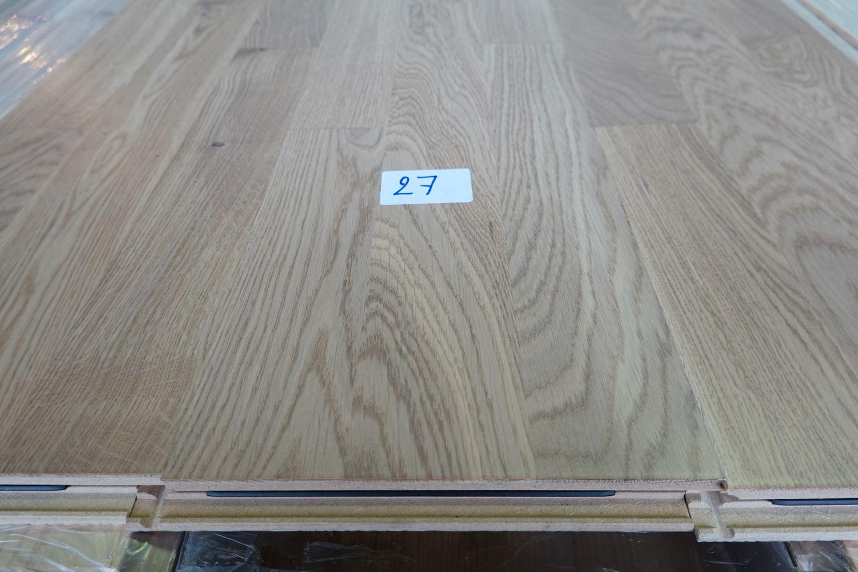 127,2 m² Mehrschichtparkett aus Barlinak-Eiche