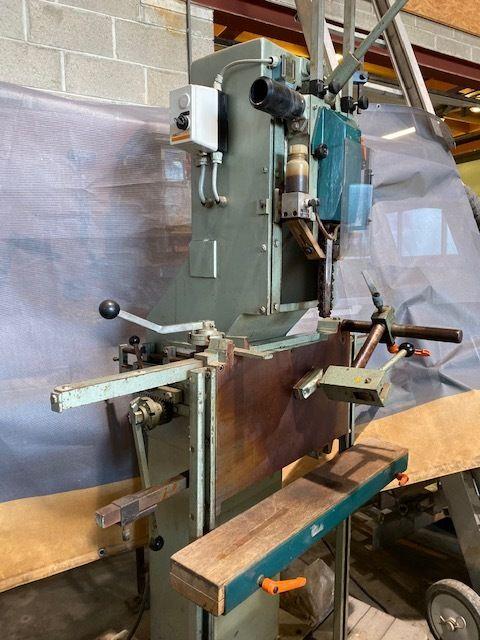 Konstante Philips Kettenbohrmaschine