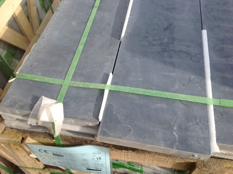 62 Stück Fußleiste Blaustein