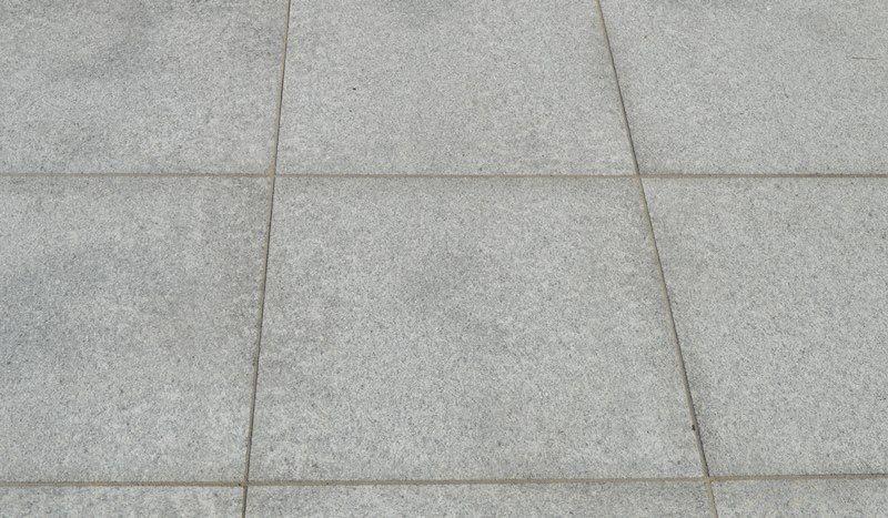 24,46 m² Fliese 60x60x3 hellgrauer Granit