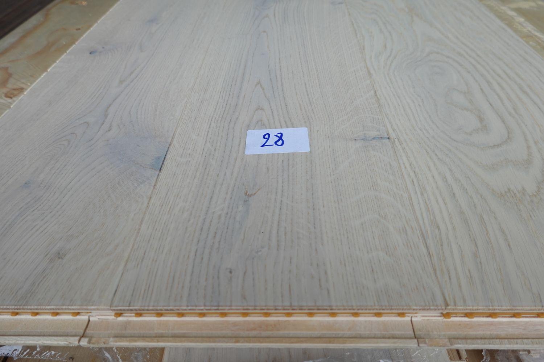 73,92 m² Eichenparkett