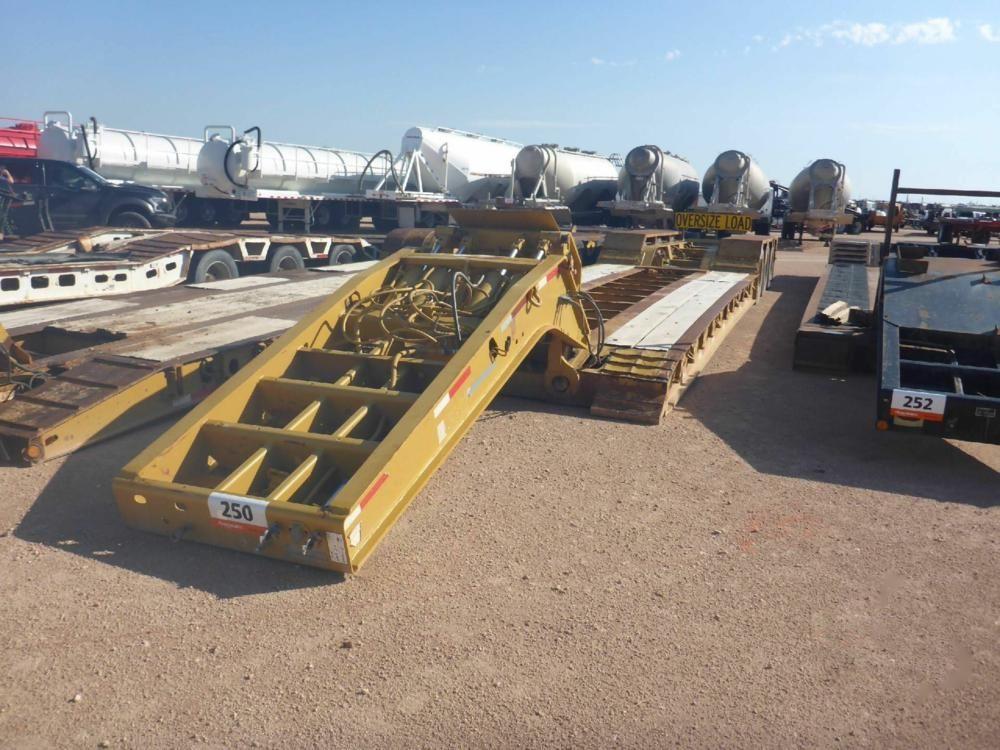 2001 Talbert T3DW50S 50-Tonnen-Tieflader mit drei Achsen